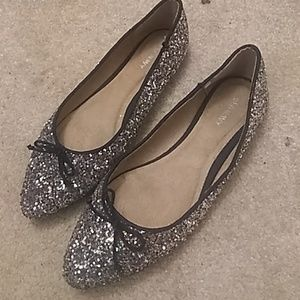 Silvery & colored pointed flats